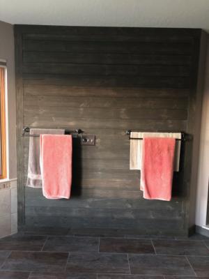 Master Bath Barnwood Wall